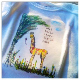 Giraffe baby t
